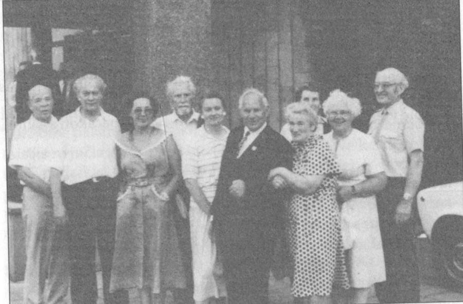 Intos lagerių kalinių susitikimas Birštone. 1992 m, viduryje J. Žičkus