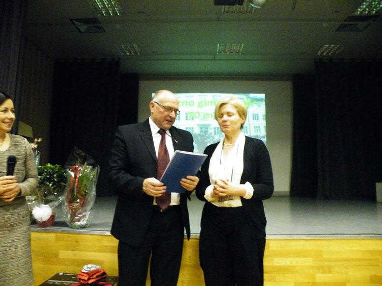 Prienų rajono savivaldybės meras Vytas Bujanauskas dėkojo mokytojai Jolitai Jurkevičienei. Mero padėkos taip pat buvo įteiktos mokytojoms Dalei Mazuronienei, Janinai Bartusevičienei ir Romai Kandrotienei.