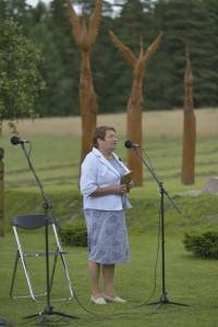 Justino Marcinkevičiaus eiles skaitė Ona Valerija Grybauskienė.