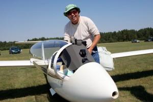 Japonų sklandytojas Makoto Ichikawa.