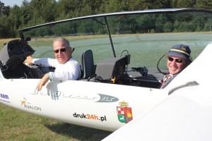 Nepralenkiami Mišrioje sklandytuvų klasėje startuojantys Adamas Czeladzki ir Darius Liaugaudas.