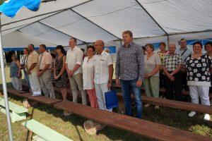 Šventės atidaryme buvo sugiedotas Lietuvos himnas.
