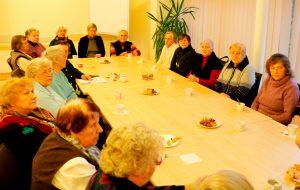 Gyvojo rozinio susirinkimo metu (Large)