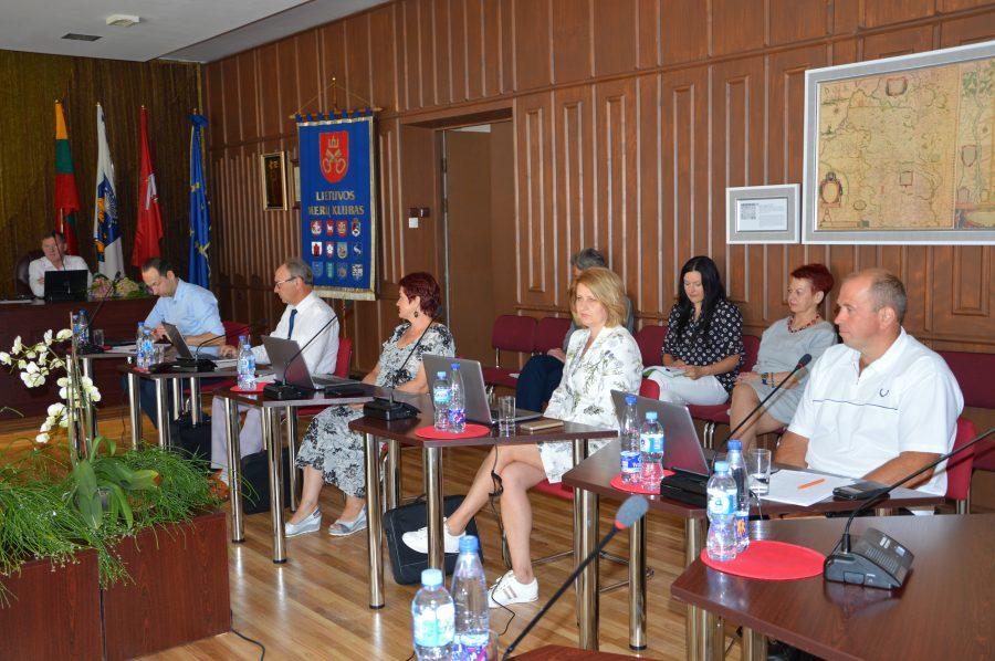 Posėdis buvo darbingas: priimta ir birštoniečiams, ir svečiams aktualių sprendimų